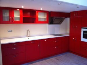 cuisine entreprise laque rouge