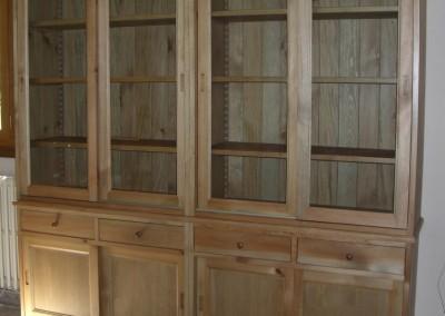 meuble vitrine, portes coulissante en pin